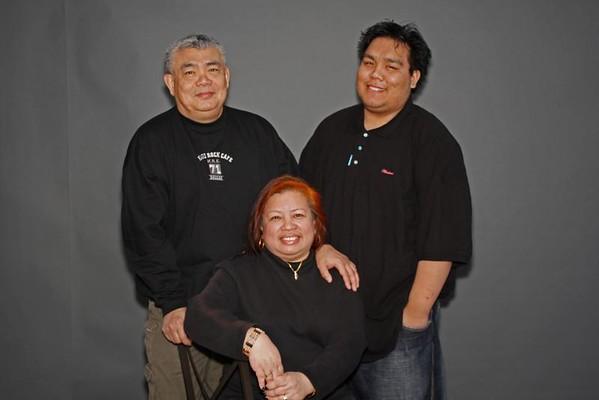 2008-11-27_pw_family Morales