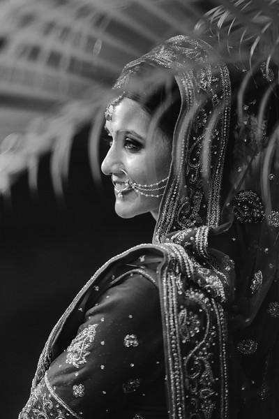 Candid Wedding Photographer Ahmedabad-1-171.jpg