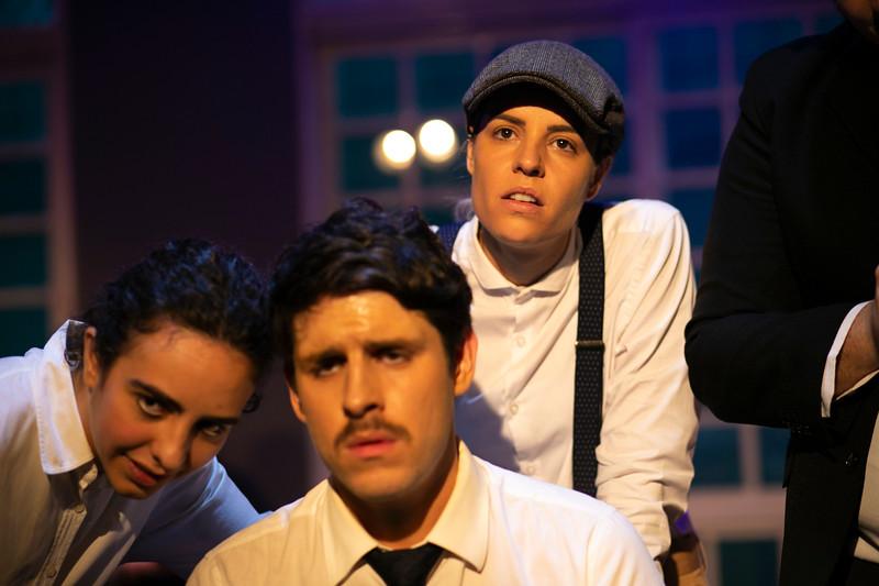 Allan Bravos - Celia Helena - O Beijo no Asfalto-171.jpg