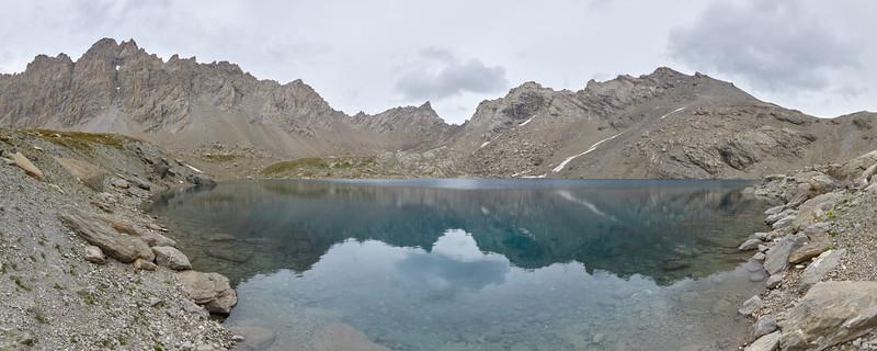 Lac des neuf couleurs