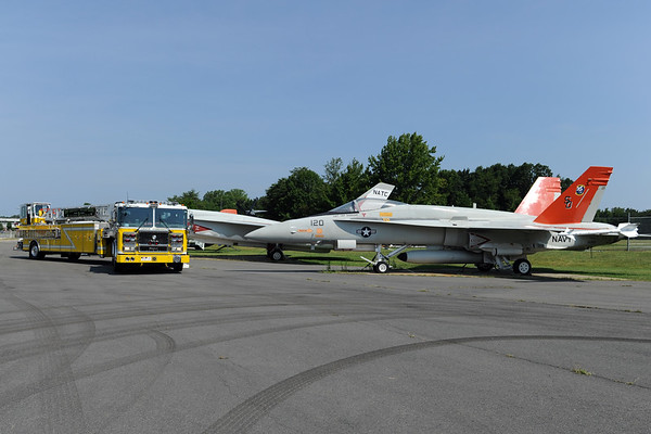 7/18/2010 Trucks & Planes