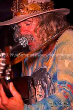 08.27.13 Photos Donavon Frankenreiter at Stephen Talkhouse
