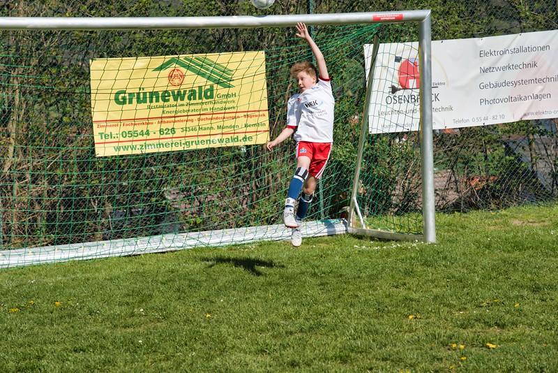 hsv-fussballschule---wochendendcamp-hannm-am-22-und-23042019-y-60_46814448105_o.jpg