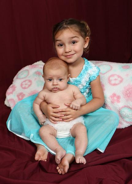 Avery and Corina Pelto-7074.jpg