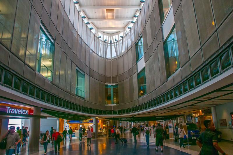 Houston Airport-1.jpg