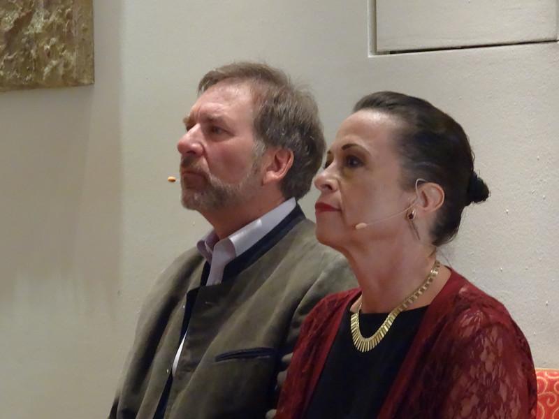 Geoff and Linda (5).JPG