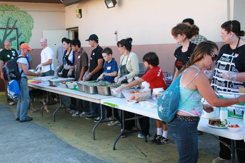 abrahamic-alliance-international-abrahamic-reunion-community-service-gilroy-2010-07-31_17-50-19-aziz-baameur.jpg