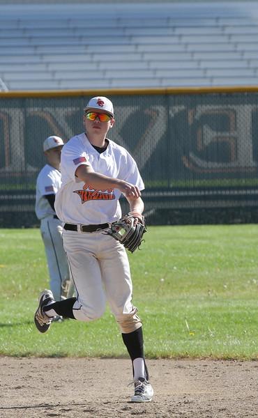 brett fall baseball vs ferris highschool-6845.jpg