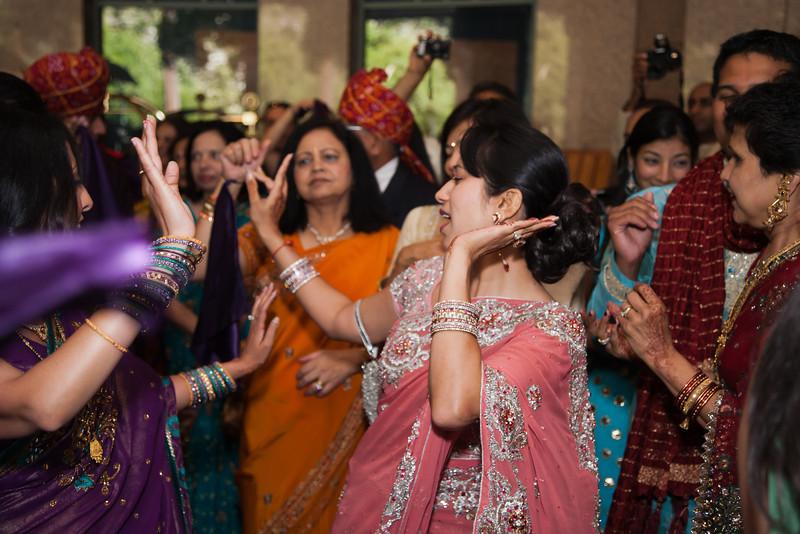 Shikha_Gaurav_Wedding-537.jpg