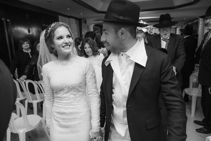 Miri_Chayim_Wedding_BW-614.jpg