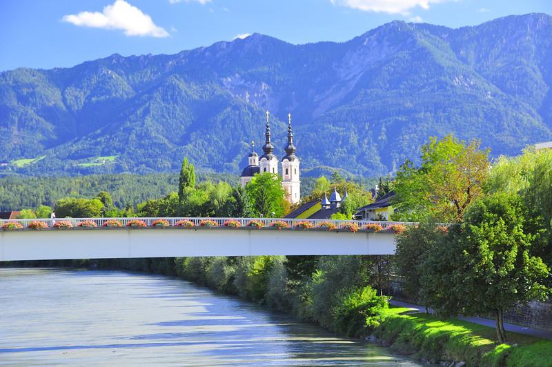 mountain scene from Villach bridges