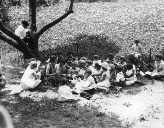 1930, Children on May Day