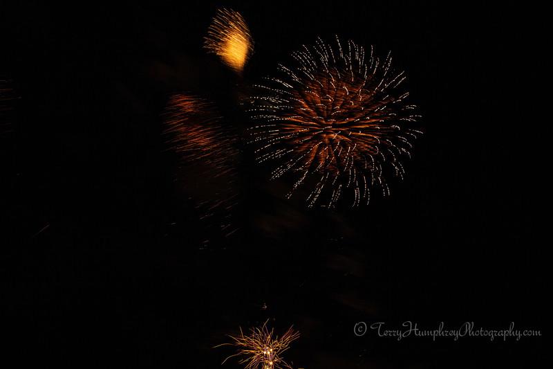 2019 Paradise Fireworks-124.jpg