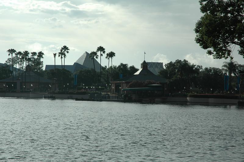 Disney July 2009 022.JPG