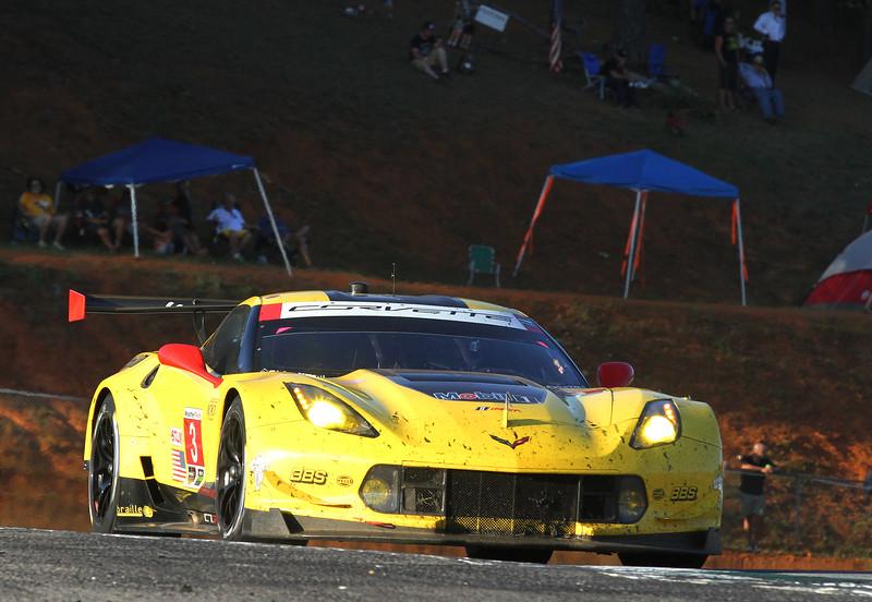 Petit2-16-race-PM_4258-#3Vette.jpg