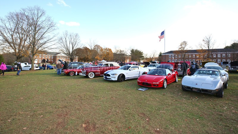 Tribute to Veteran's Annual Car Show at FFVF Nov 2018 (330).JPG