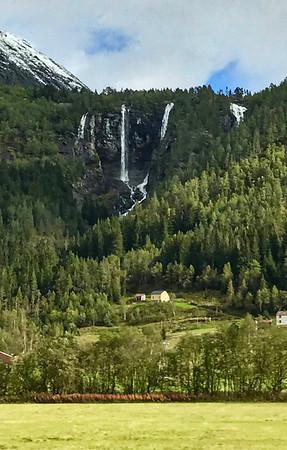 Geisfossen Waterfall