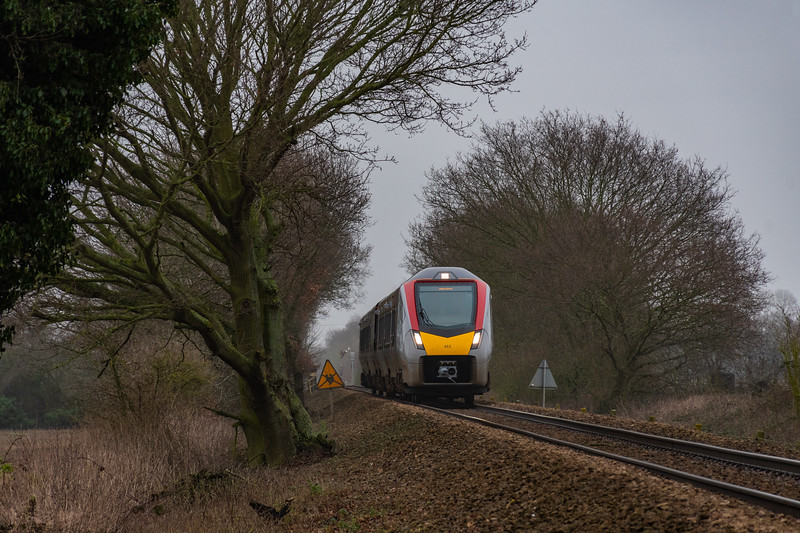 755411 approaches Lingwood