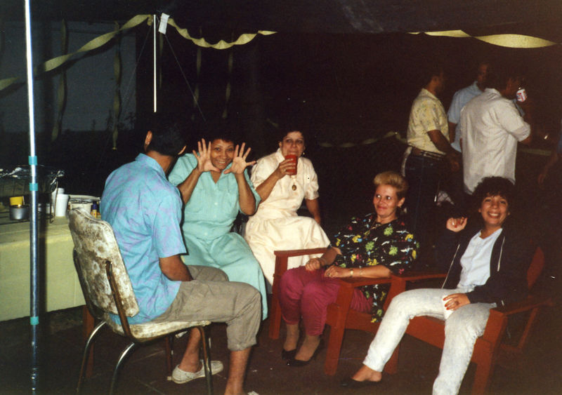 1987 07 - Welcome Home Party 001.jpg