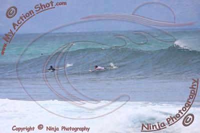 2009_09_26 - Surfing Rocky Pt, North Shore (OAHU) - Kurt