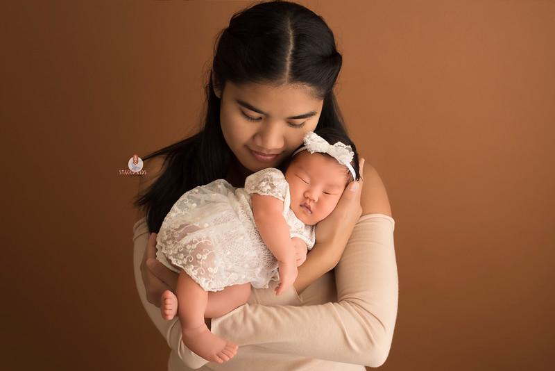 newborn-family-photographer_7071 Camilla Web.jpg