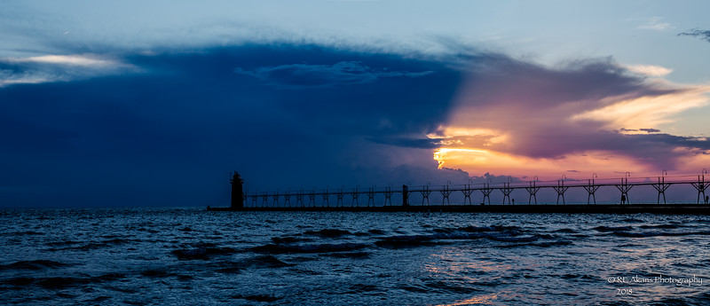 South Haven Pier 5227 HDR Pano.jpg