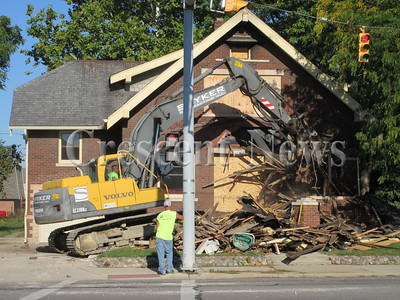 09-24-14 NEWS House demo