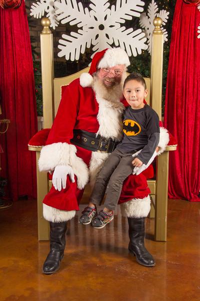 Santa 12-16-17-328.jpg