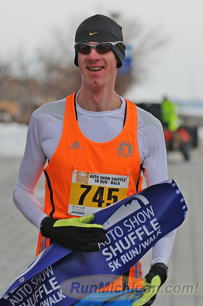 Featured - 2015 Auto Show Shuffle 5K