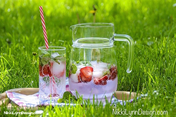 Benefits of Strawberry Infused Water Recipe - Full of a B vitamin called Folate that gives your skin a vibrant glow and promotes healthy hair.