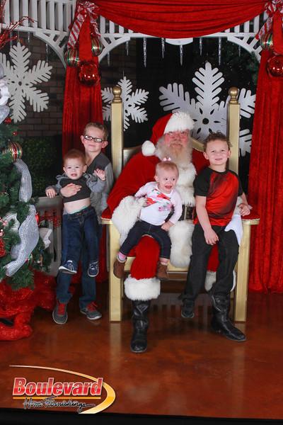 Santa 12-17-16-361.jpg