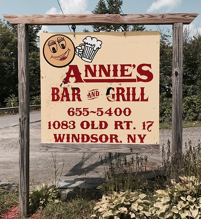 Great food at Annie's Bar and Grill. Highly recommended.