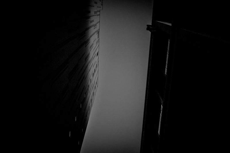 blackout2-374.jpg