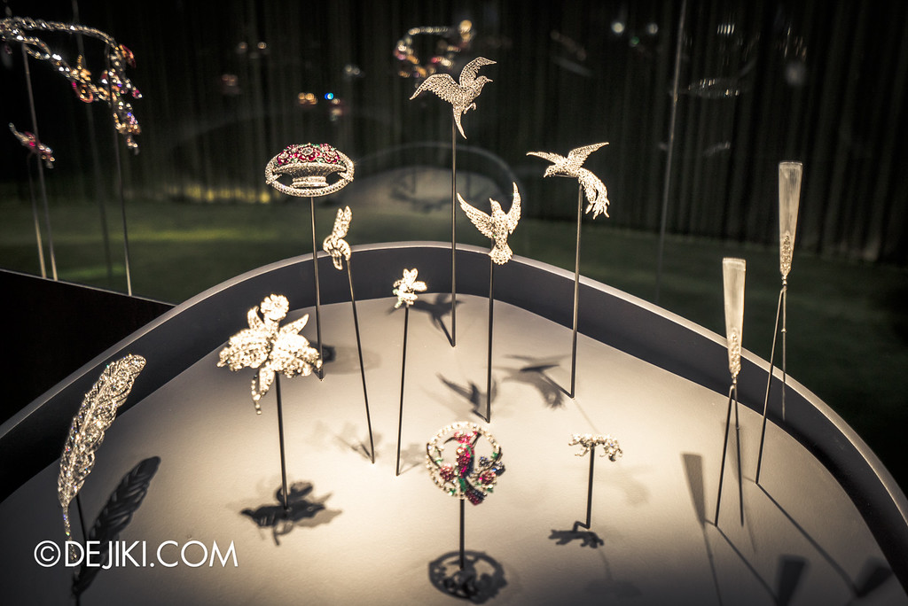 Van Cleef & Arpels: The Art and Science of Gems / Nature collection - birds of paradise