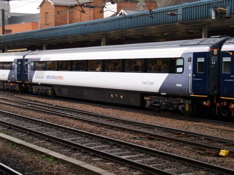 MK3 42065 Seen at Doncaster   10/03/09
