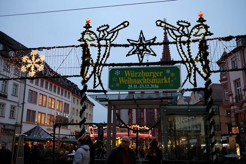 Wurzburg_ChristmasMarket-161126-20.jpg
