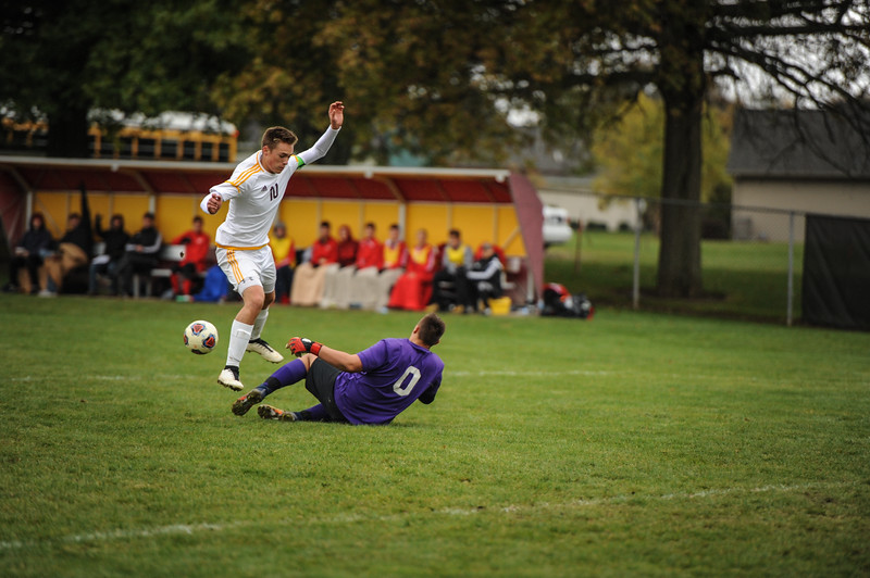 10-27-18 Bluffton HS Boys Soccer vs Kalida - Districts Final-164.jpg