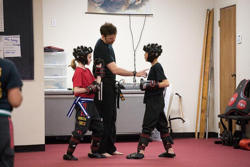 karate-042712-01.jpg
