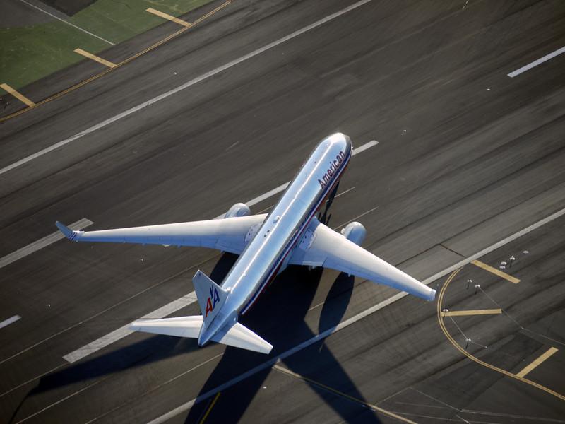 A plane taxiing at San Francisco International Airport.