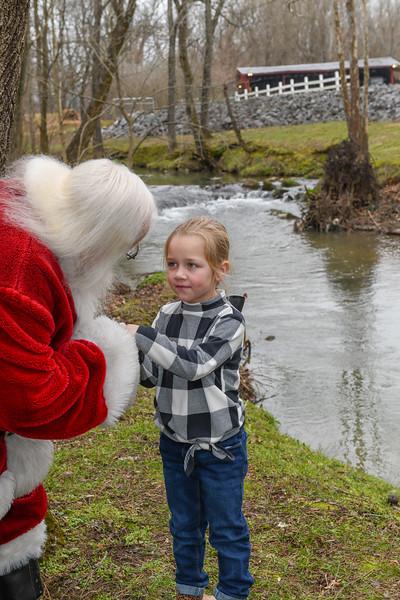 Santa2019-131.jpg