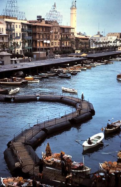 1960-2-18 (7) Selling boats & platform to shore @ Port Said, Eygpt.JPG