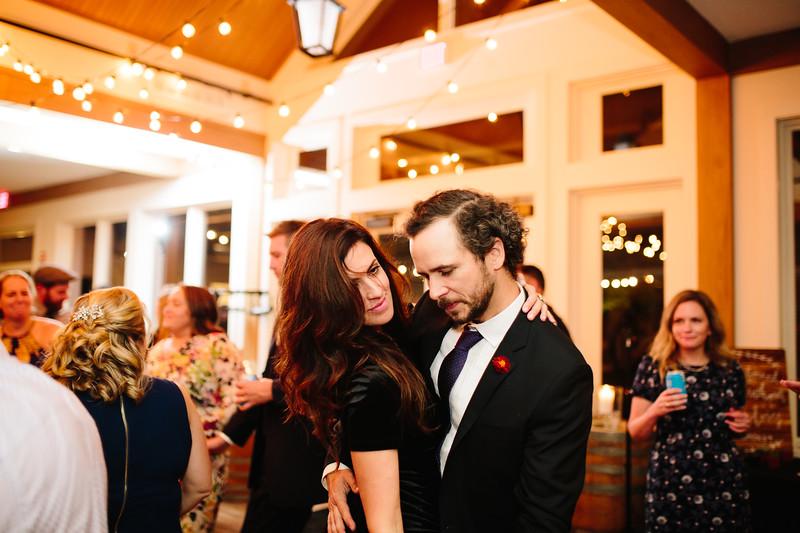 katelyn_and_ethan_peoples_light_wedding_image-810.jpg
