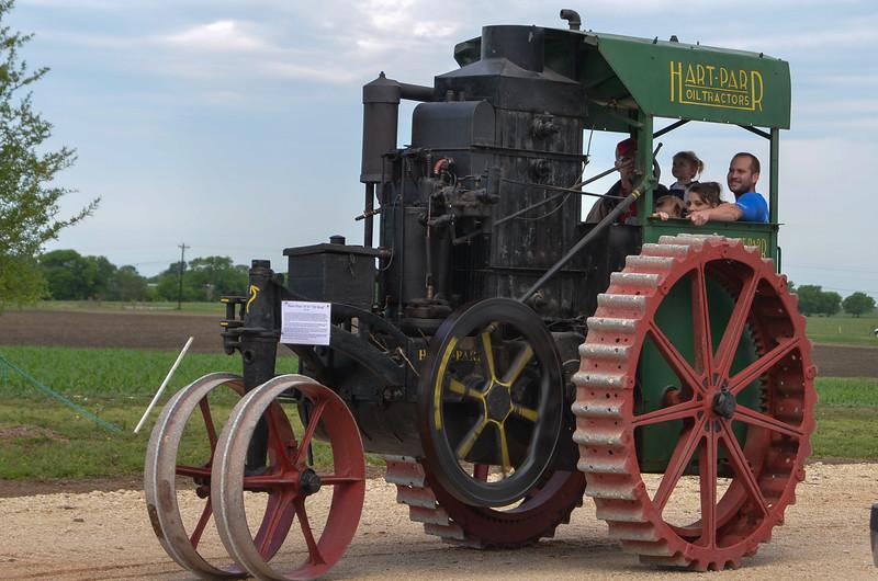 tractorcranking2016-0659.jpg
