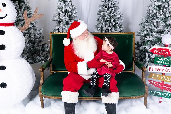 December 18, 2019 - Spark Santa Portraits