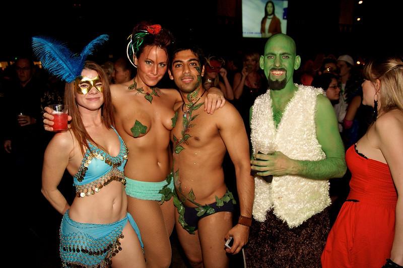 Carnaval-Naughty  031.jpg