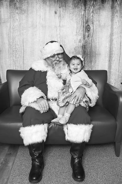 Ameriprise-Santa-Visit-181202-5049-BW.jpg