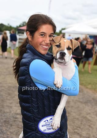 Matt Lauer and family adopt a dog from the ASPCA at the Hampton Classic Horseshow in Bridgehampton on  9-3-16. all photos by Rob Rich/SocietyAllure.com © 2016 robwayne1@aol.com 516-676-3939