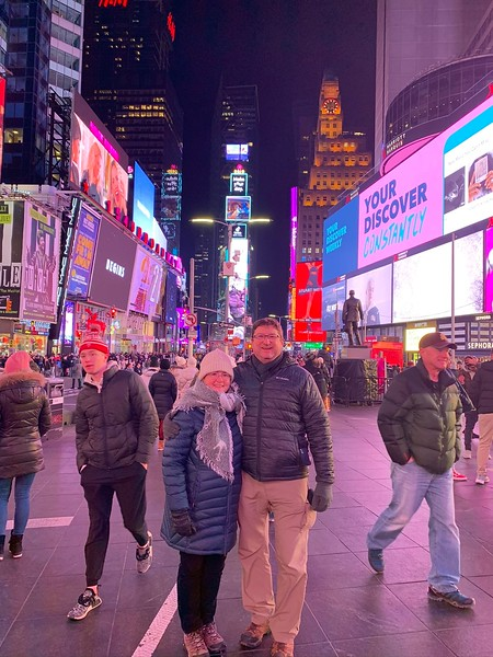 2019-12-20 NYC with Steve and Susie (51).JPEG