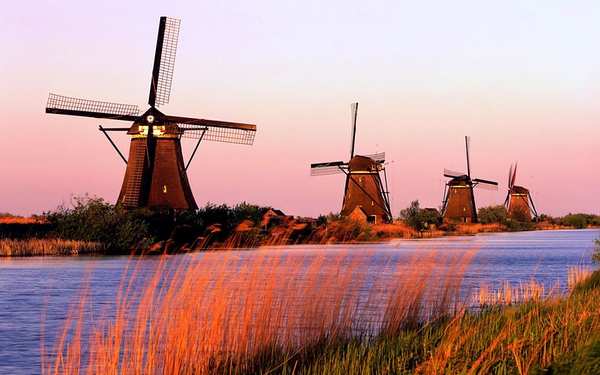 windmills-04.jpg