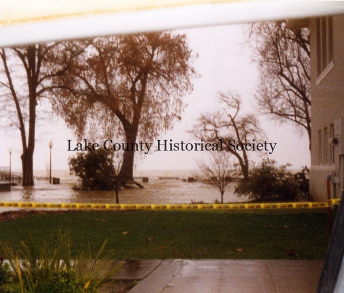 1998 Library Park Flood.2.jpg